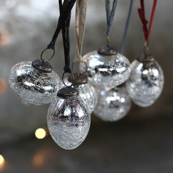 Snow Drop Glass Baubles - Silver Crackle