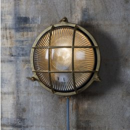 Bulkhead Light Round - Brass - save 15%