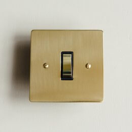 1 Gang 2 Way Rocker Switch- Polished Brass