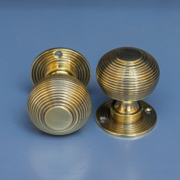 Beehive Mortice/Rim Door Knobs (Pair) - Aged Brass