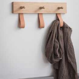 Oak 3 Peg Rail