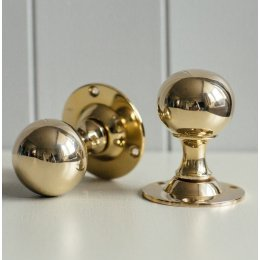 Round Door Knobs (Pair) - Polished Brass