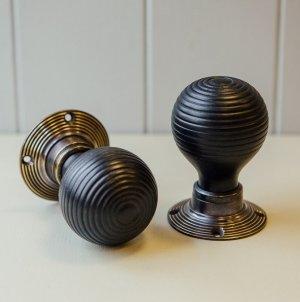 Ebonised Beehive Door Knobs (Pair) - Antique Brass Collar & Rose