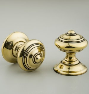 Regency-Style Concealed Screw Door Knobs (Pair) - Brass