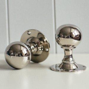 Round Door Knobs (Pair) - Nickel