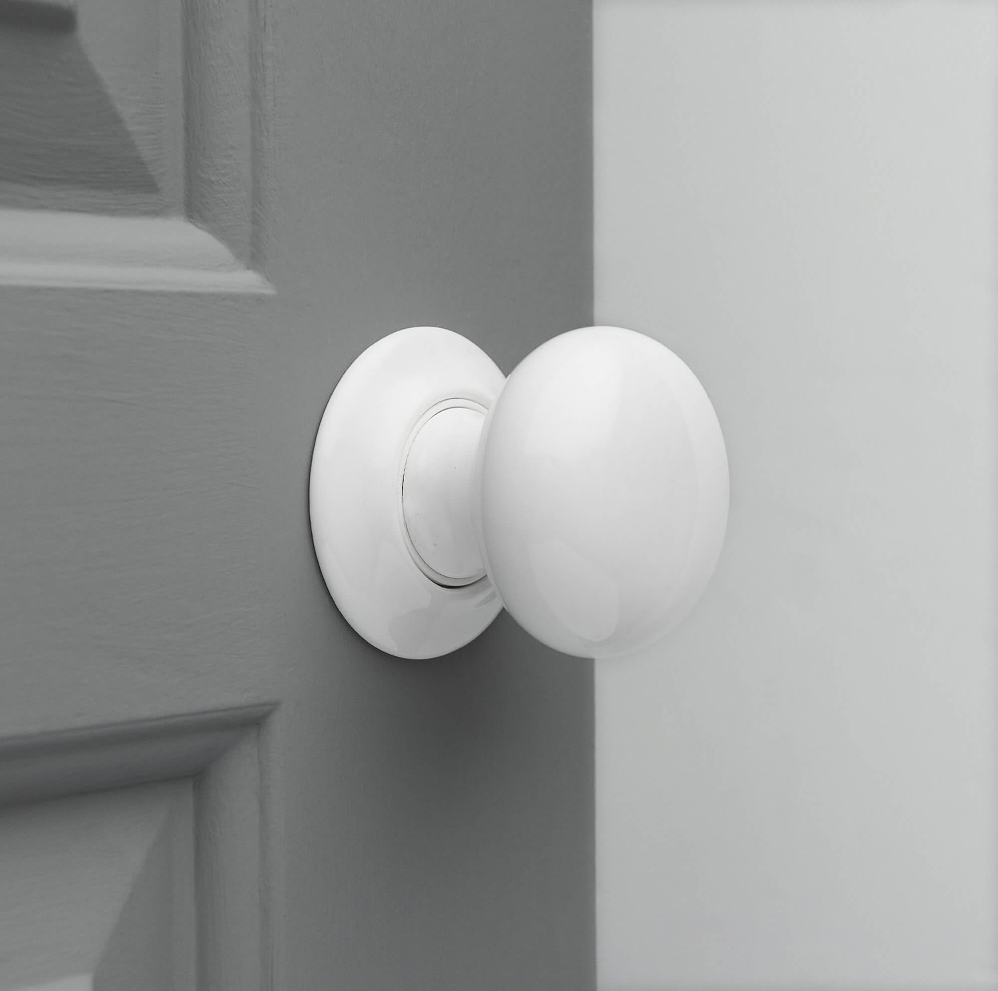 Porcelain Door Knobs (Pair) - White