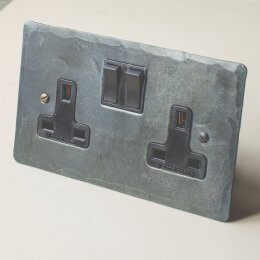 13 Amp Double Switched Socket - Black Waxed