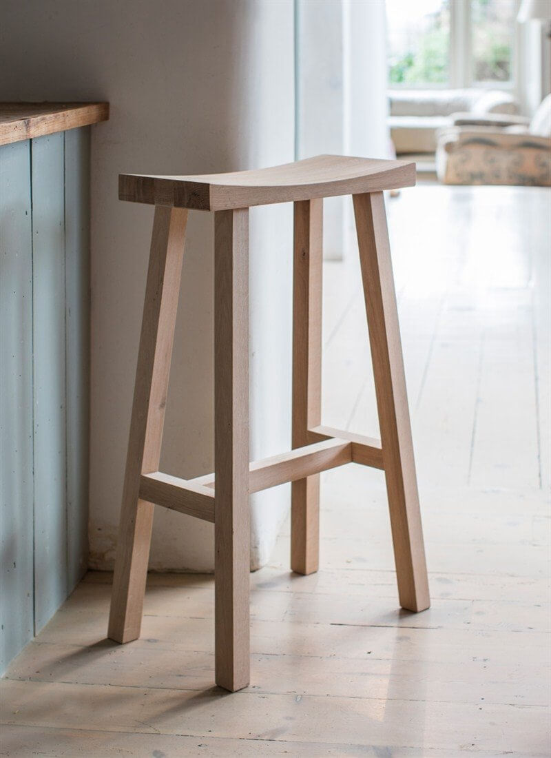 Curved Oak Bar Stool - Natural