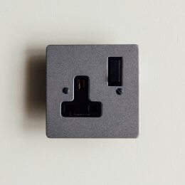 13 Amp Switched Socket - Patine