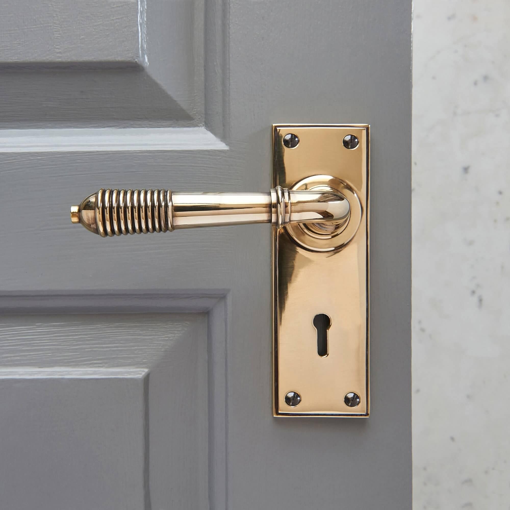 Reeded Lever Lock Set - Brass