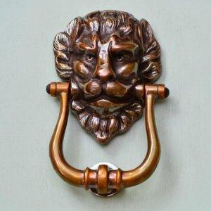 Large Lions Head Door Knocker - Bronze