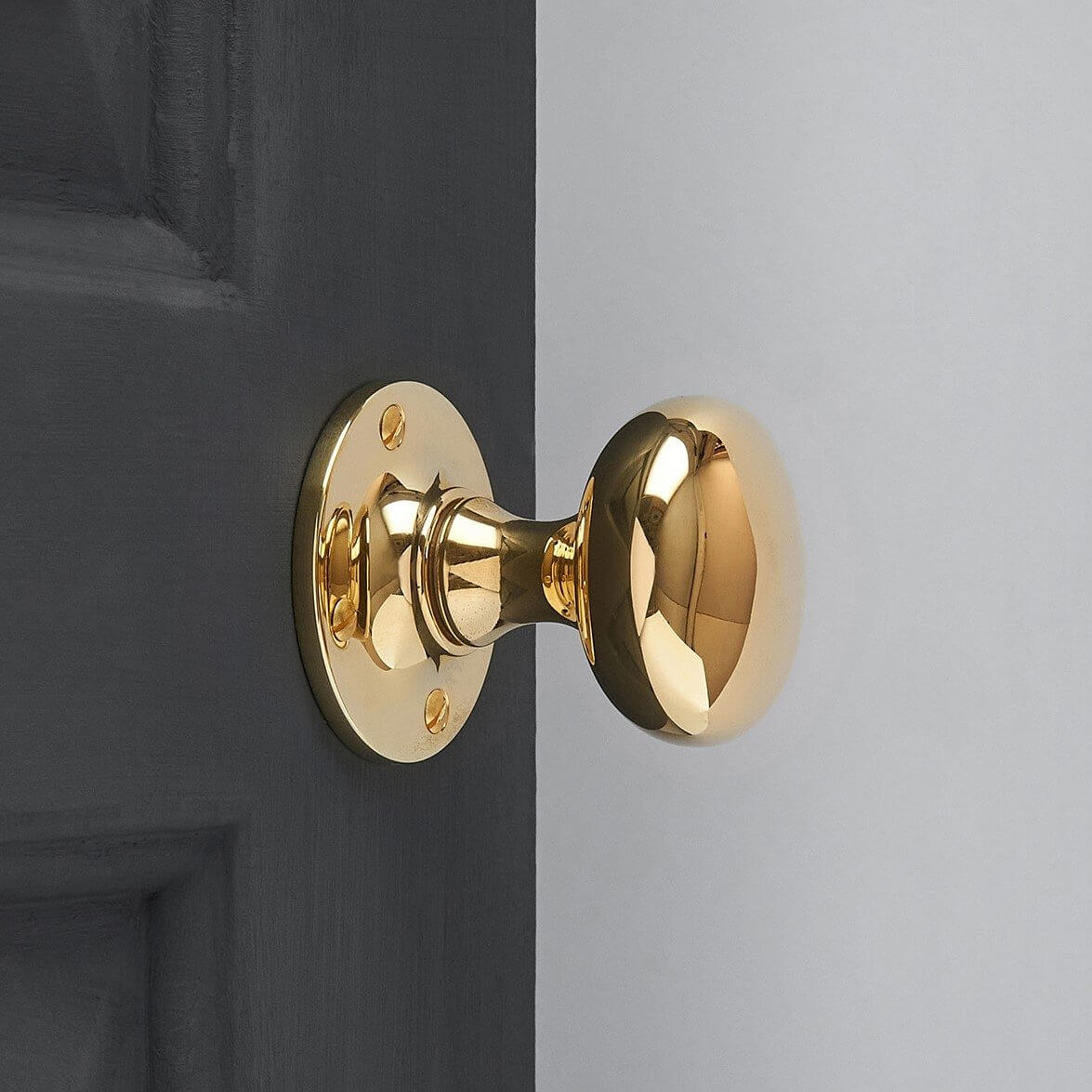 Cushion Door Knobs (Pair) - Brass
