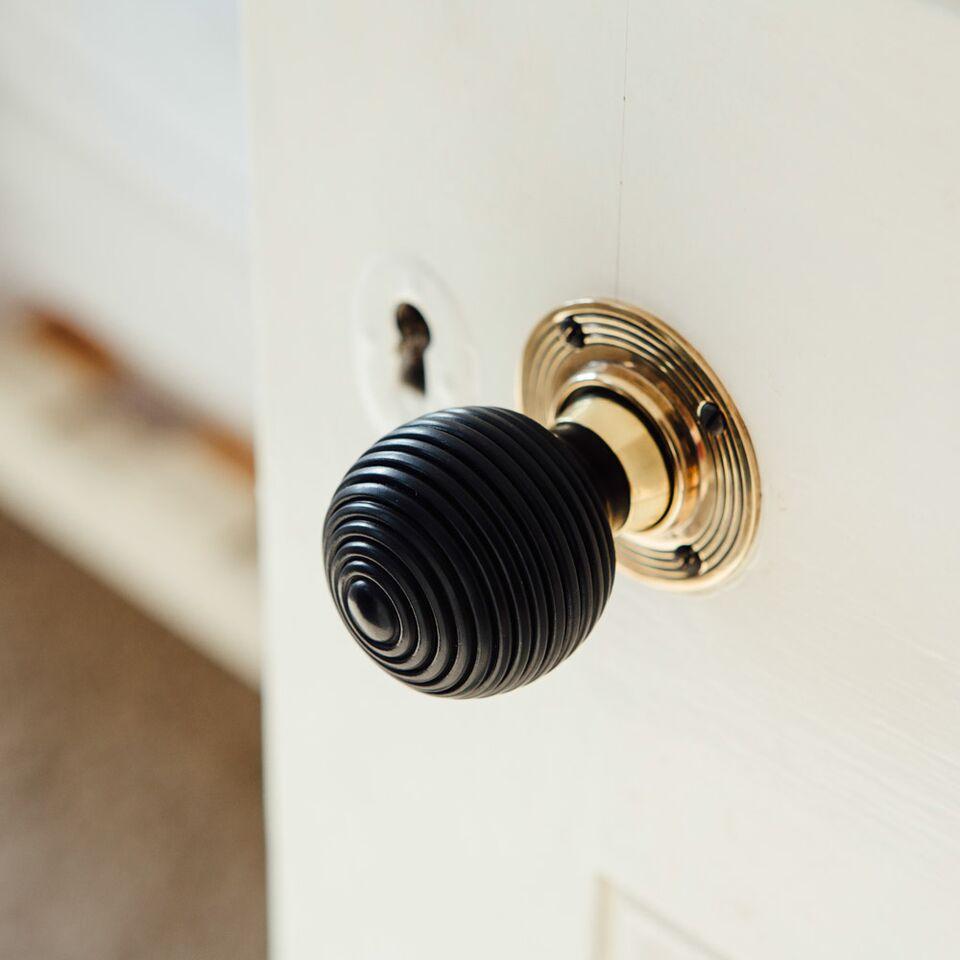 Bestselling door knobs
